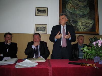 AIG2012_11